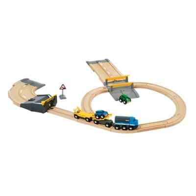 circuit ferroviaire transport de voitures brio de jouets. Black Bedroom Furniture Sets. Home Design Ideas